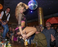 Party Pusher Tanz Show hot and wild_7